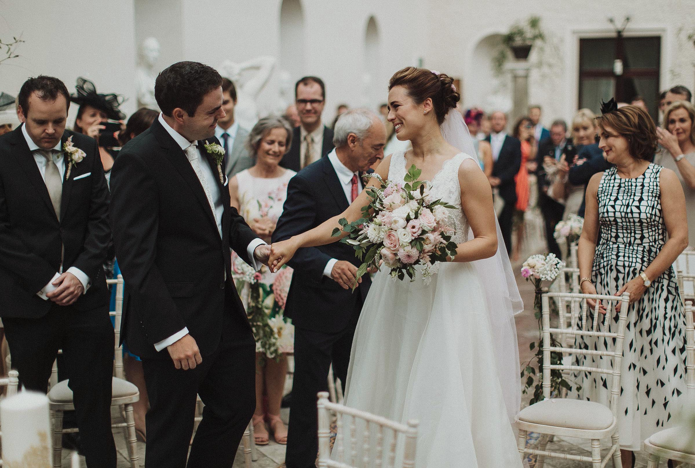 7 Wedding Photographers in Ireland you need to know about 3